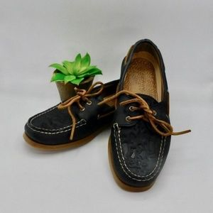 SPERRY Topsider • Boat Shoes Navy Whale Embossed
